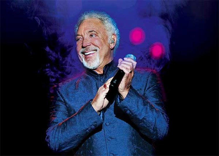 Music Friday: Tom Jones Can't Compete With a Diamond-Gifting Rival in 'I (Who Have Nothing)'